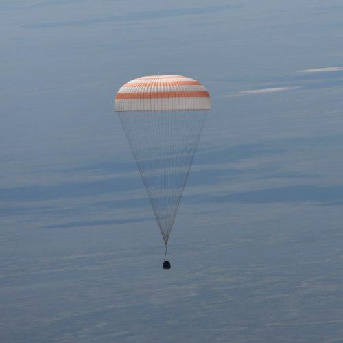 landing_of_the_soyuz