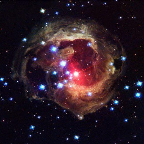 hubble_light-after-stellar-outburst